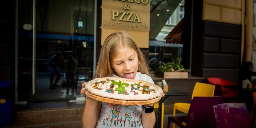 PRSCCO&PZZA - це піца, приготована у дров'яній печі, освіжаюче просекко, єдина ціна на коктейлі та вина, затишна атмосфера і лаундж-мелодії , Prscco&Pzza Ristorante