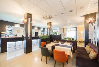 Ресторан Вallpoint готелю Ramada Lviv