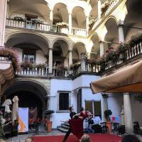 Італійський дворик фото #3