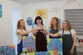 Арт-вечірка з малювання з вином