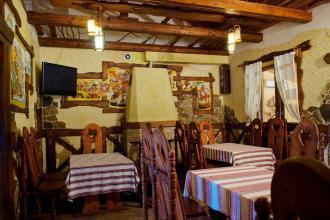Ресторан  «Отаман»  вигляд всередині фотолатерея