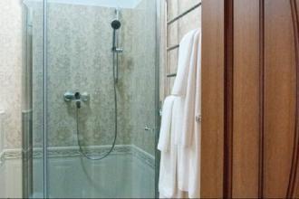 """Гостьова кімната: """"Сімейний люкс"""", ГОСТЬОВИЙ ДІМ """"INN LVIV"""" фото #5"""