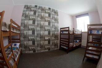 Ліжко у 6-місному загальному номері (гуртожиткового типу)