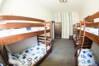 Ліжко у 8-місному загальному номері (гуртожиткового типу)