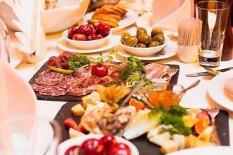 Замовте святкові страви з ресторану «Валентино» на Новий рік