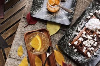Куштуйте найсмачніші бельгійські вафлі у самому серці Львова , Familia Wine&Waffles фото #5