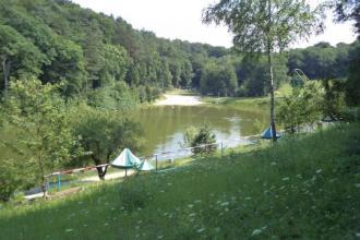 Відпочинок на озері
