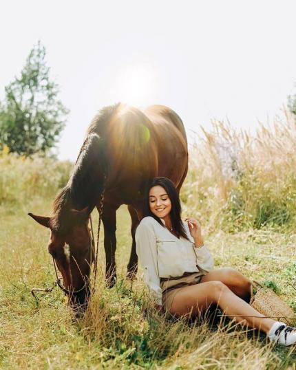 фото Як відбувається фотосесія з конем?